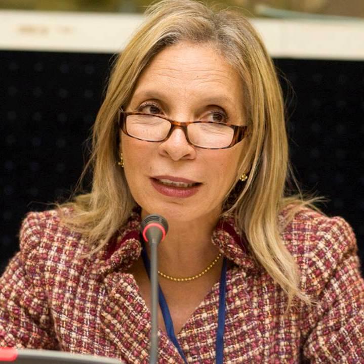Edna Dos Santos Duisenberg