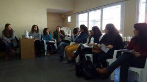 Reuniòn mujeres en coronel plaza