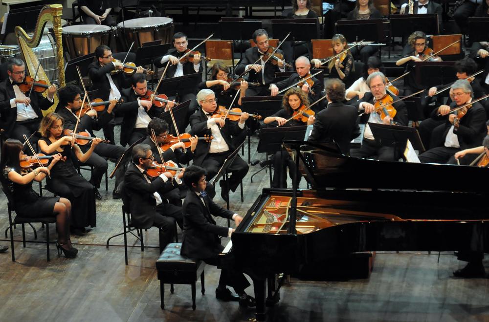 25-07-15 pianista chino2