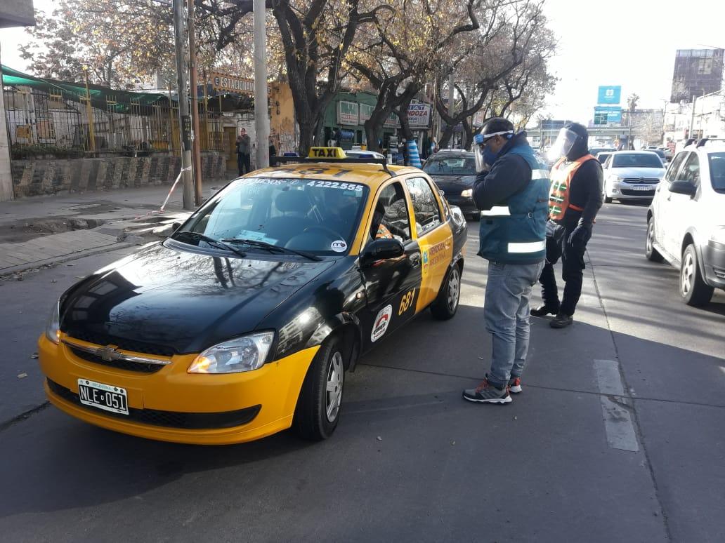 Endurecen sanciones al transporte clandestino : Prensa Gobierno de Mendoza