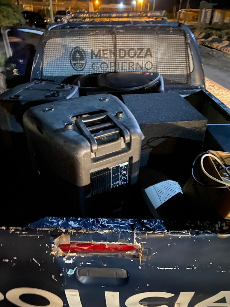Continúan desactivando fiestas clandestinas en la Provincia : Prensa  Gobierno de Mendoza