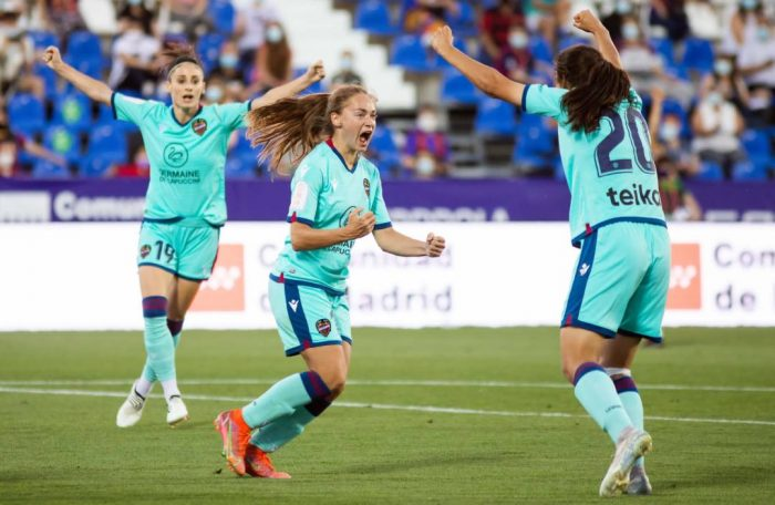 Estefanía Banini se destacó en la Copa Reina Iberdrola, del fútbol español